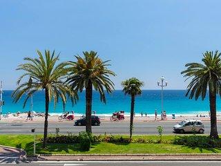 Bel appartement en front de mer, Nice