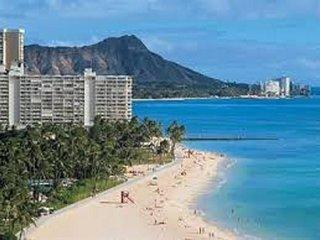 ONE- BDRM/Full Kitchen/Free Parking/Free WIFI, Honolulu