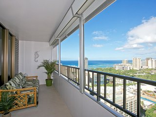 2 Bedroom, 2 Bath, Ocean View, Free Parking Stall, Honolulu