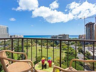 Ocean View Penthouse Floor 2 Lanais, Washer/Dryer, Honolulu