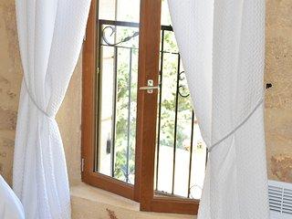 La Cote de Cor - Beautifully restored farmhouse 2 bedroom gite