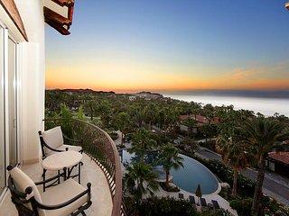 Villa Rendezvous - 3BD/3.5BA Ocean View Penthouse, Pool/Jacuzzi in Esperanza, Cabo San Lucas