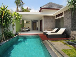Royal pool villa close to Seminyak Square