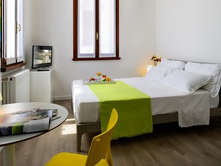 Betulla room has a king size double bed with wrapped-spring mattress.