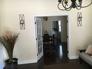 Beautifully decorated private home ( Lakeview), New Orleans