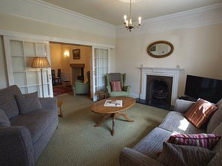 WHITE HOUSE, Keswick