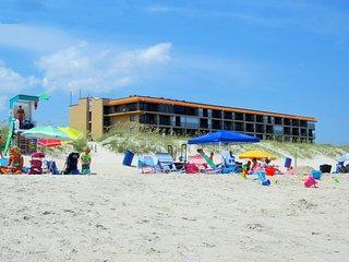 Cabana Unit 104 - Oceanfront 1 Bedroom Condo