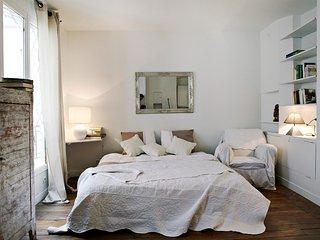 Romantic studio in Montmartre