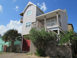 INCREDIBLE OCEAN VIEWS, 3/2 In-Town w/ Boardwalk!!, Port Aransas