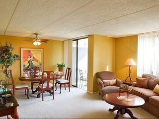 Furnished 3-Bedroom Apartment at N East River Rd & W Catalpa Ave Chicago, Park Ridge