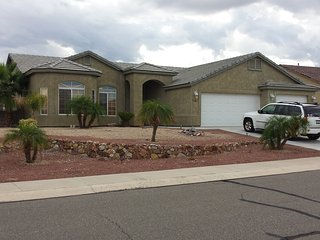 Newer home in desert foothills estates