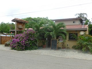 Lovely 4 bedroom 5 bath home in Limon, sleeps 8!, Pedasi