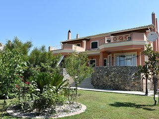 (Bella's Home) 4 Bedroom House near Corfu Town