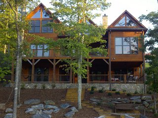 Lakefront Retreat at Lake James! 5BD/5BA, Boat