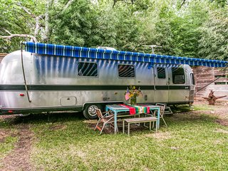 Emma The Airstream In Little Forest Hills, Dallas