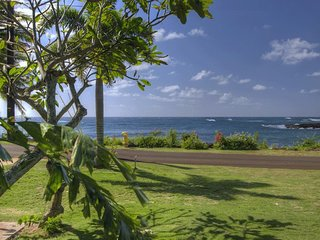 Beach Home Across from Ocean, Poipu