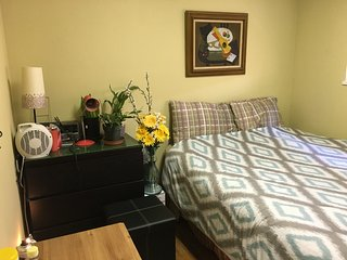 private  room/ shared accommodations l, Vancouver