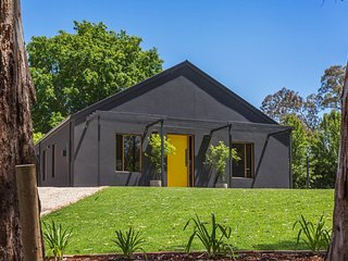 The Oak Nest Luxury Retreat, Oakbank