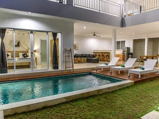 3BR Villa4 Seminyak/Oberoy,18min walk to the beach
