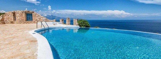 Villa Deep Blue with private pool - Blue Caves Villas