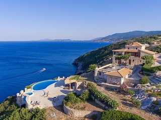 Villa Deep Blue with private pool - Blue Caves Villas