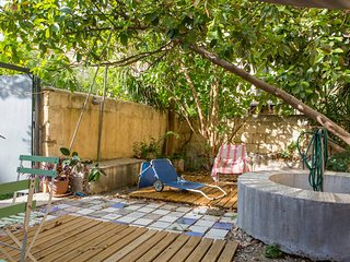 central appartment  with private garden  terrace  wifi, Palermo