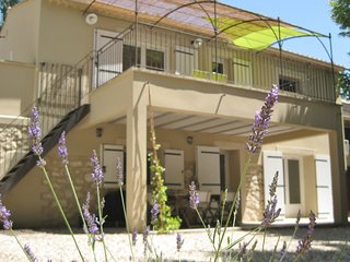 Gîte de campagne 'Mas la Mounine' en Provence