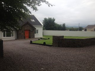 Large Modern Country Home with private gardens & WiFi on the Wild Atlantic Way