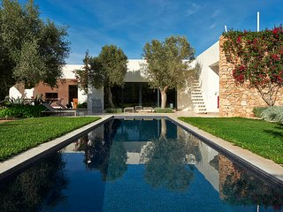 Luxury Private Charm pool  gardens 4 Bedroom Ibiza
