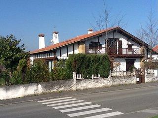 famille villa individuelle à 2 km de la plage, Hendaye