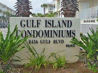 Gulf Island Condominiums 6632, Navarre