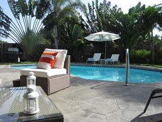 Private garden with POOL 3 bdr / 3 bath house
