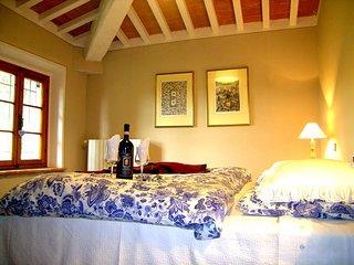Bellimbusto affascinante casale in Toscana, Palaia