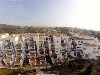 A 2 Bedroom Luxury Apartment with a Stunning View, Sitio de Calahonda