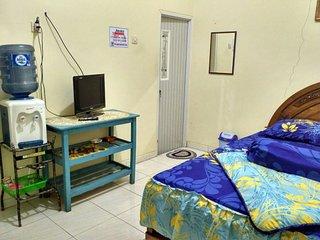 Juned Homestay Kamaran di Kota Batu Malang