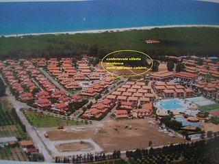 calabria- pizzo calabro- bellissima e confortevole villetta- residence porto ada