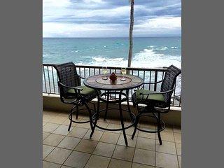 KONA REEF  OCEAN FRONT VIEWS ! $169 Summer Special, Kailua-Kona