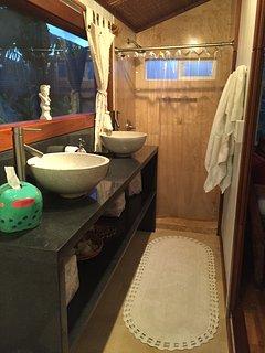 Amazon bedroom bathroom.