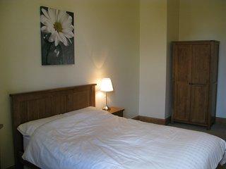 Central 3 bed apartment, Edimburgo