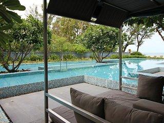 Dasiri Baan Sandao Downtown Beach 2-Bed Apartment