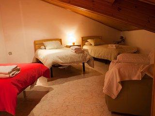 Habitación cuádruple baño compartido en casa rural, Vilaller