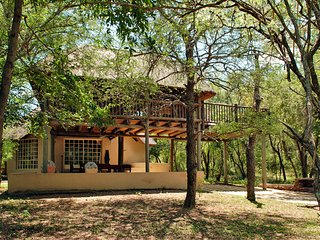 Treetops Holiday home near Kruger Park, Marloth Park