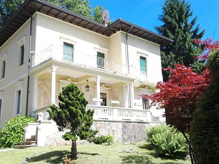 la villa del lago è una b&b  contry house, Valganna