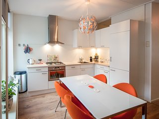 Stay 19 Center family house 2 bedrooms terrace, Groningen
