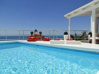 Villa Sitges Altvista . Fantastique Vue sur Mer. Sitges & Plage 1 minute.