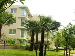 Condo Rental in Hua Hin Thailand, 2 bedrooms & 2 bathrooms with fully furniture.