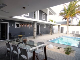 My Inox in 11and11aruba WALKING distance Eagle Beach