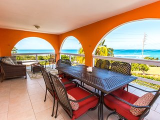Stunning 180-Degree Views, Pool & Beach!