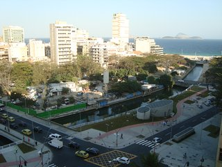 2 Blocks from Leblon beach, Río de Janeiro
