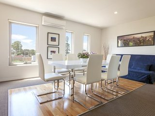 Boutique Stays - Ascot Retreat, Ascot Vale